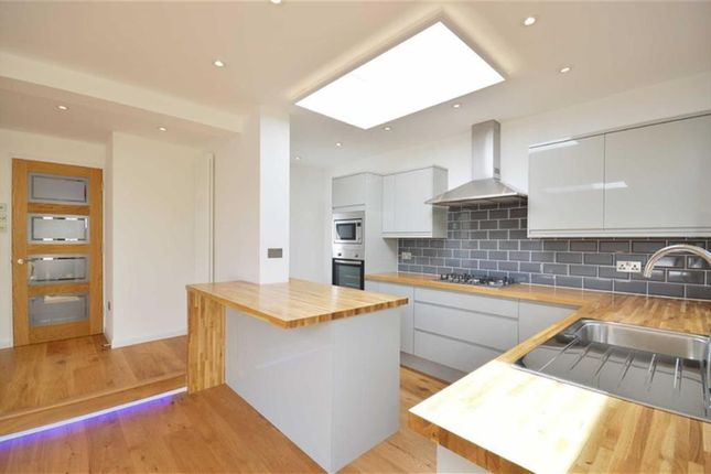 Thumbnail Semi-detached house to rent in Richmond Way, Rickmansworth, Heartfordshire