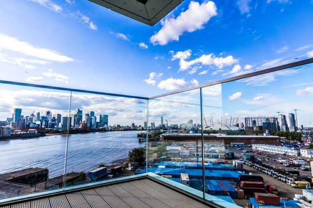 Thumbnail Flat to rent in Distel Apartments, Enderby Wharf 19 Telegraph Avenue, Greenwich