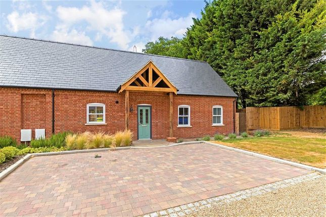 Thumbnail Semi-detached bungalow for sale in Kingsfield House, Baldock, Hertfordshire