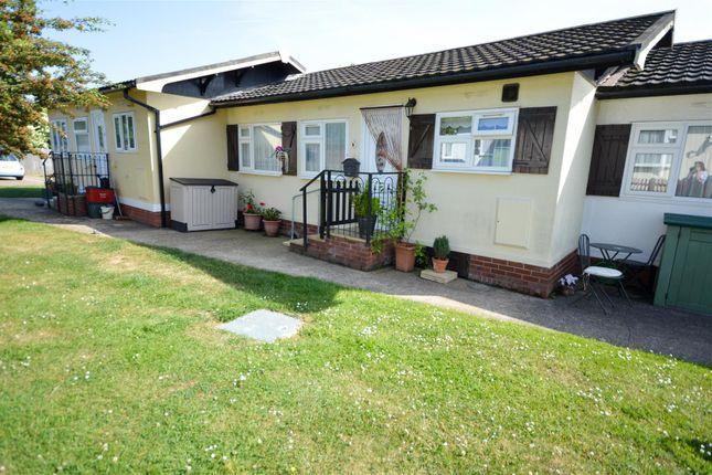 Thumbnail Mobile/park home for sale in Castle Hill Park, London Road, Clacton-On-Sea