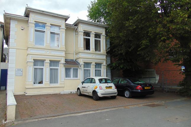 Thumbnail 3 bed flat to rent in Queen Victoria Road, Flat 1, Llanelli