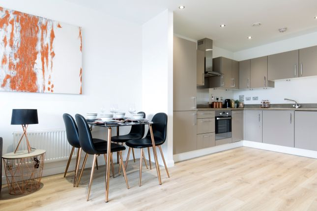 Thumbnail Town house for sale in Rifle Street, London