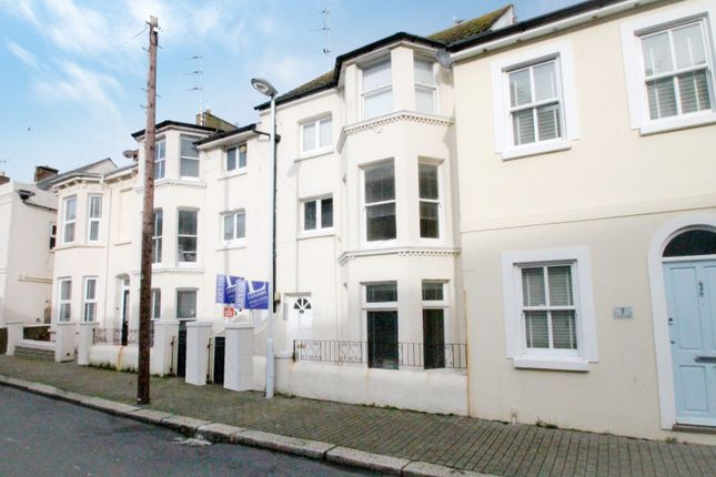 1 bed flat to rent in Brunswick Road, Worthing BN11