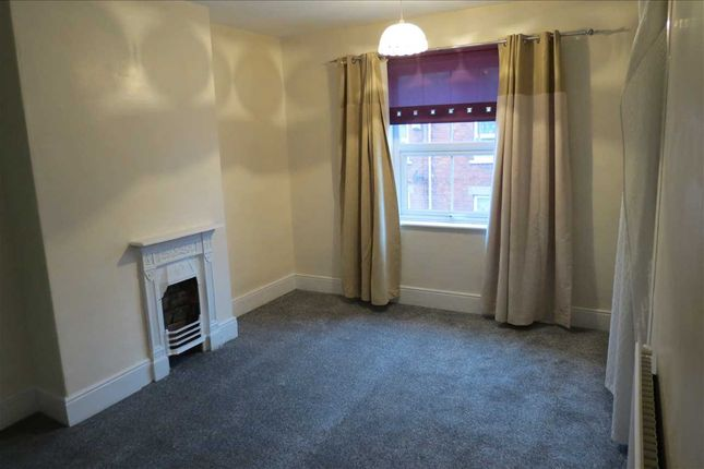 Bedroom 1: of Albion Terrace, Sleaford NG34