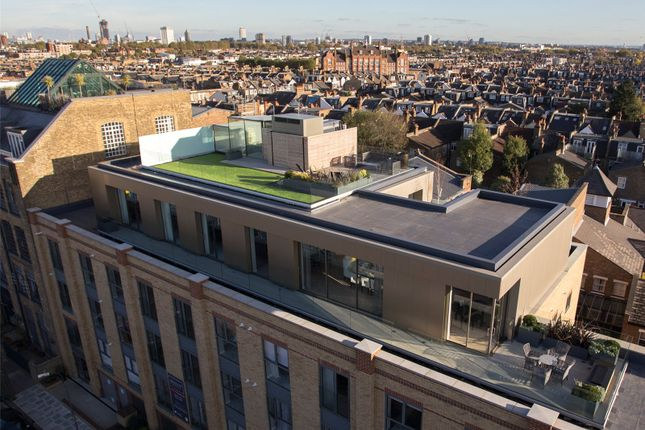Thumbnail Flat for sale in The Penthouse, Madison Apartments, Wyfold Road, London