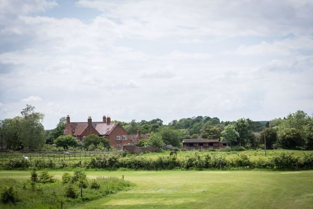 Thumbnail Farmhouse for sale in Mousley End, Hatton, Warwick