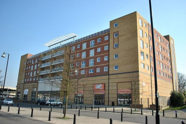 Thumbnail Flat for sale in Edinburgh Gate, Harlow