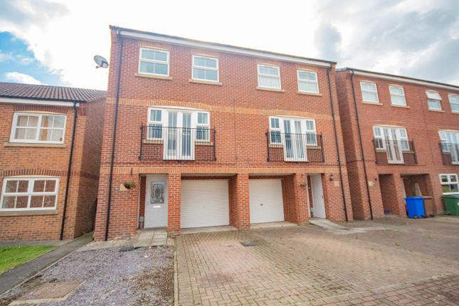 Thumbnail Semi-detached house to rent in Sandringham Road, Brough