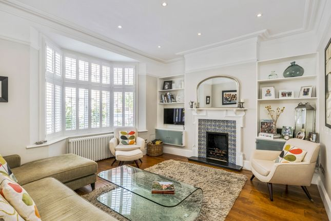 Thumbnail Flat to rent in Blandford Road, London