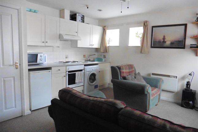 Lounge/Kitchen of Lugley Street, Newport, Isle Of Wight PO30