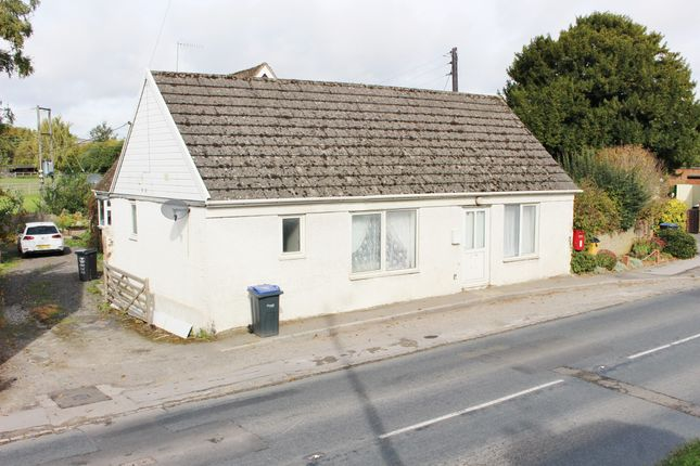 Thumbnail Detached bungalow to rent in Main Road, Ogbourne St. Andrew, Marlborough