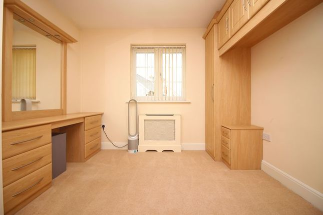 Bedroom 3 of Clubhouse Close, Bamford, Rochdale OL11
