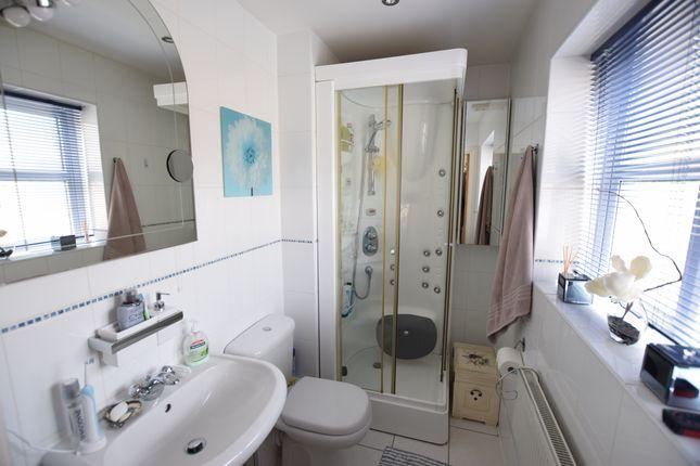 En-Suite of Trujillo Court, Callao Quay, Eastbourne BN23