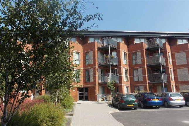Thumbnail Flat for sale in Page Road, Bedfont, Feltham
