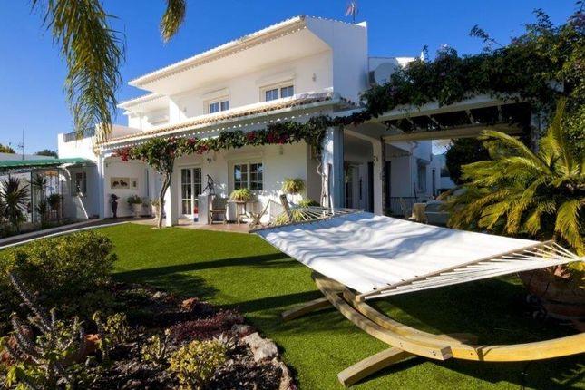 4 bed villa for sale in Ferrerias, Ferreiras, Albufeira, Central Algarve, Portugal