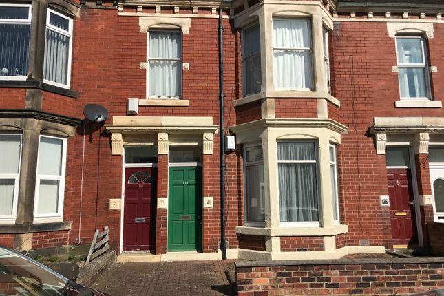 Thumbnail Flat to rent in Cartington Terrace, Heaton, Newcastle Upon Tyne