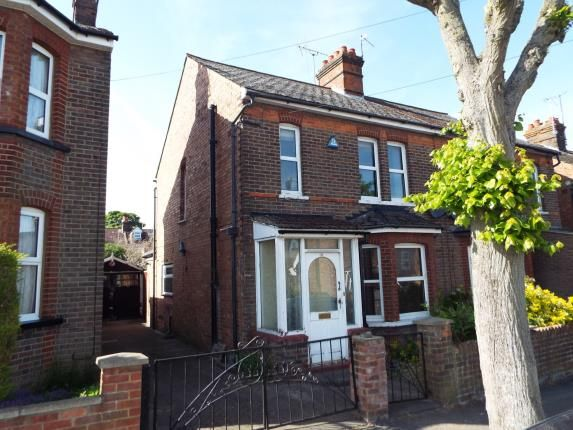 Thumbnail Property for sale in Clifton Road, Dunstable, Bedfordshire, England