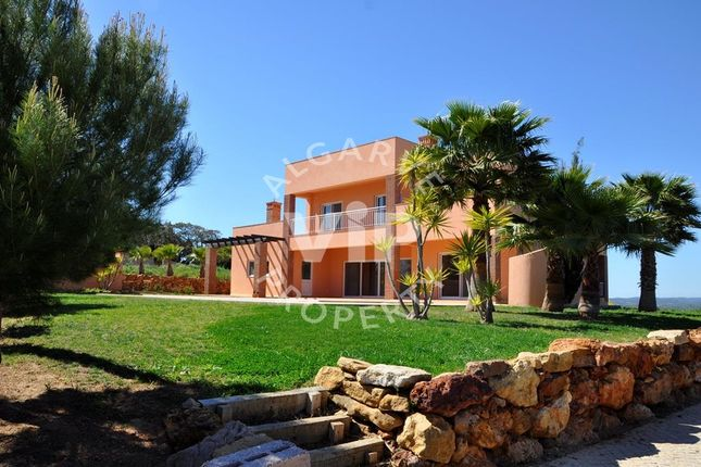 Villa for sale in Praia Da Luz, Lagos, Algarve