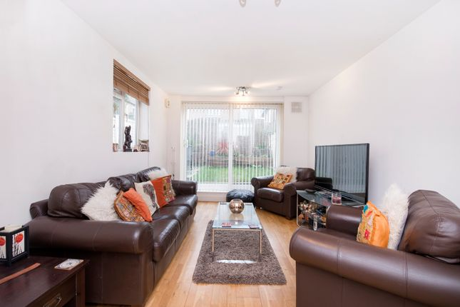 Thumbnail Terraced house for sale in Glengall Road, London