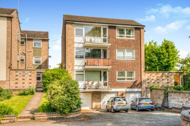 2 bed flat to rent in Leam Terrace, Leamington Spa CV31
