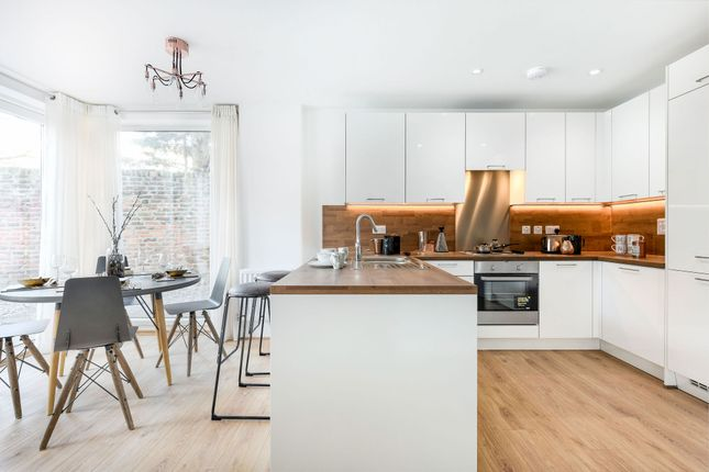 1 bedroom flat for sale in So Resi Cobham, Between Streets, Cobham