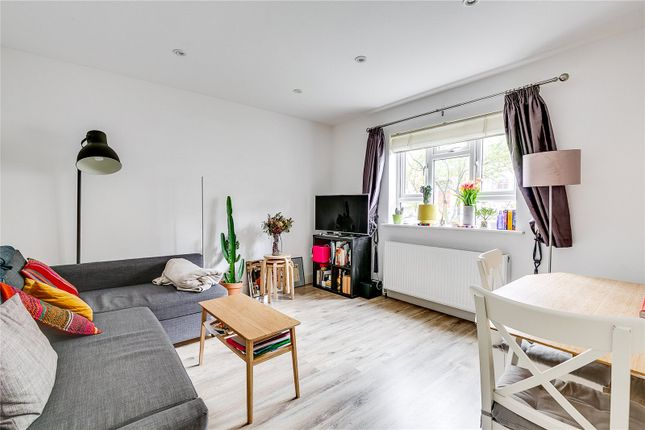 1 bed property to rent in Halton Road, London N1