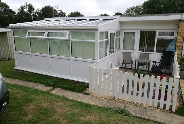 Thumbnail Bungalow to rent in Battle Road, St Leonards On Sea