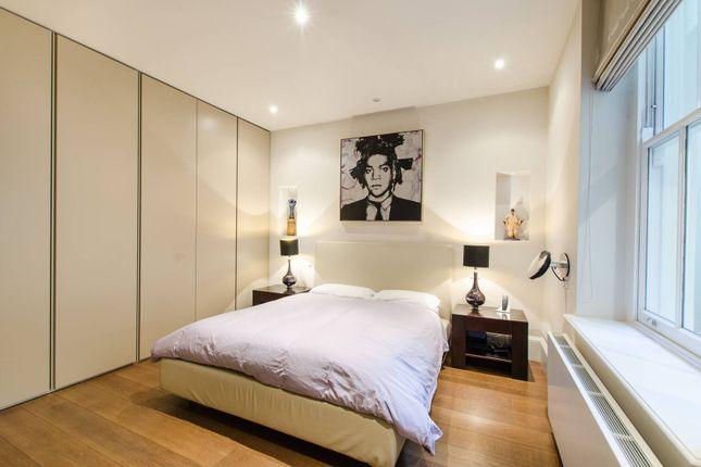 Thumbnail Flat for sale in Palace Gate, Kensington