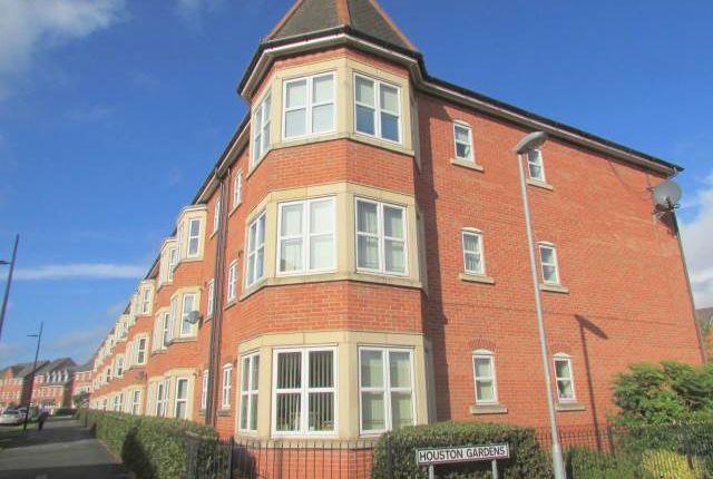 Thumbnail Flat to rent in Houston Gardens, Chapelford, Warrington