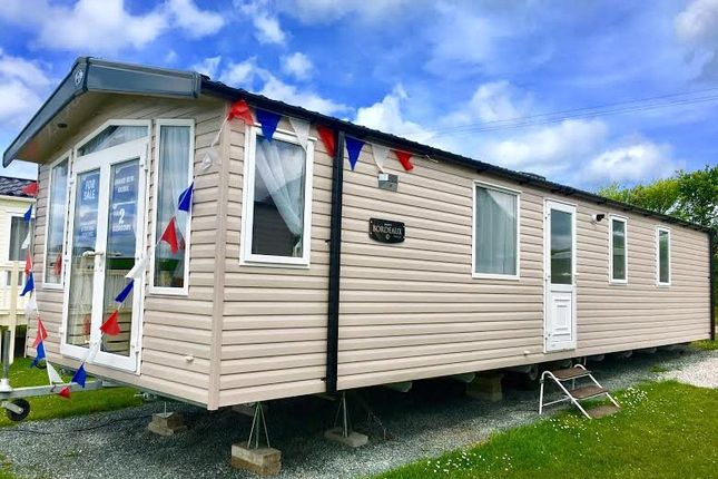 2 bed mobile/park home for sale in Bude Holiday Resort, Maer Lane, Bude