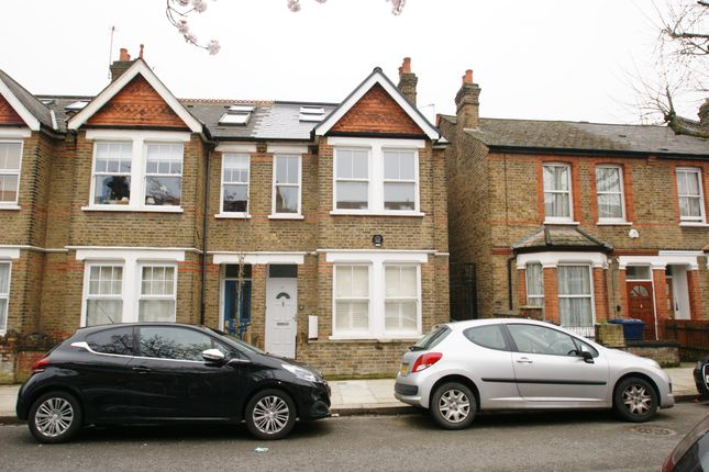 5 bed terraced house to rent in Balfour Road, London