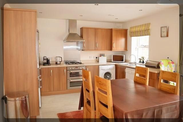 Thumbnail Town house to rent in Hamilton Walk, Beverley, Beverley
