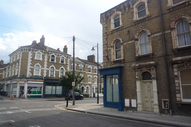 Bright And Spacious Two Bedrooms Flat Available In Clapham