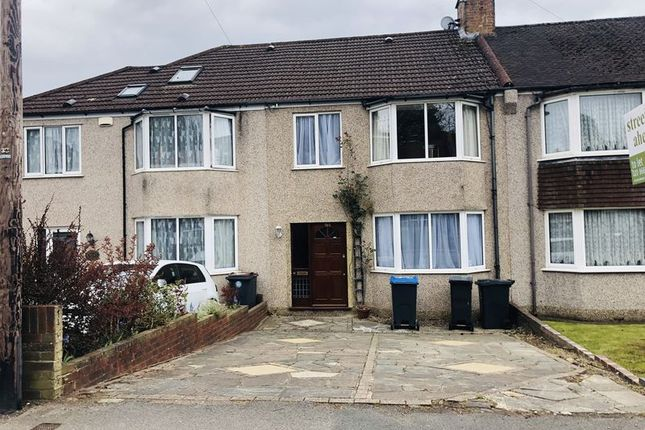 Thumbnail Terraced house to rent in Chipstead Valley Road, Coulsdon