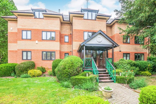 Thumbnail Penthouse for sale in Derek Road, Maidenhead