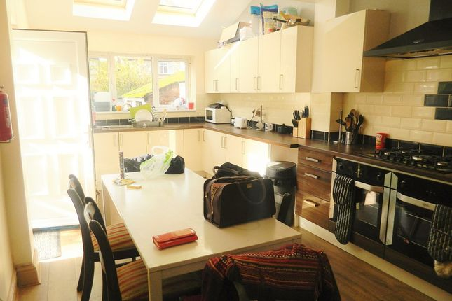 7 bed semi-detached house to rent in Sheringham Road, Manchester