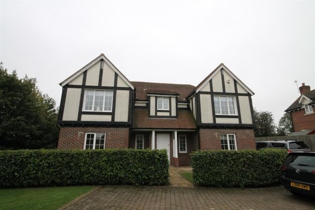 Thumbnail Property to rent in Meadow View, Redbourn, St. Albans