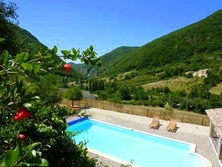 7 bed property for sale in Rhône-Alpes, Drôme, Nyons