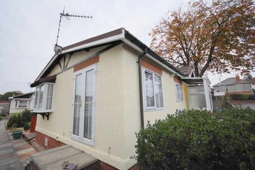 2 Bed Mobile Park Home For Sale In Doveshill Barnes Road Bournemouth