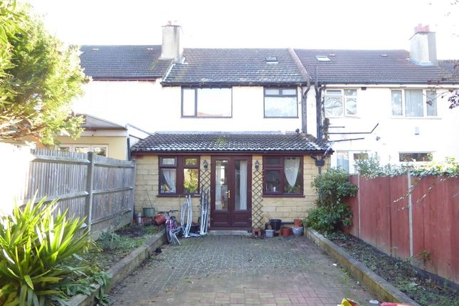 Thumbnail Terraced house for sale in Hepworth Road, Streatham Common