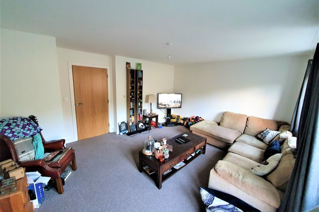 Lounge of Crewenna Road, Praze An Beeble TR14