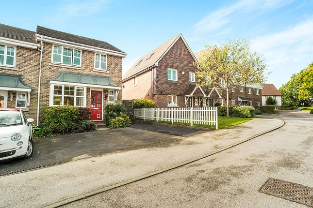 Thumbnail Semi-detached house to rent in Pellings Farm Close, Crowborough