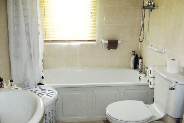 Bathroom of Hawthorn Holiday Park, Bempton Lane, Bridlington YO16