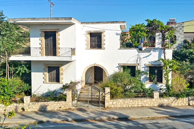 4 bed detached house for sale in Kyrianna, Rethymno, Gr