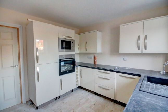 2 bed bungalow for sale in Byron Close, Dinnington, Sheffield