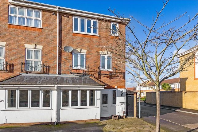 Thumbnail End terrace house to rent in Tollgate Drive, Hayes, Middlesex