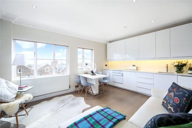 Thumbnail Property for sale in Archway Road, London