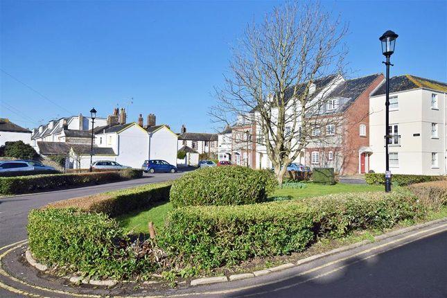 Thumbnail Cottage for sale in Norfolk Place, Littlehampton, West Sussex