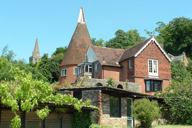 Thumbnail Detached house to rent in Linton Hill, Linton, Maidstone