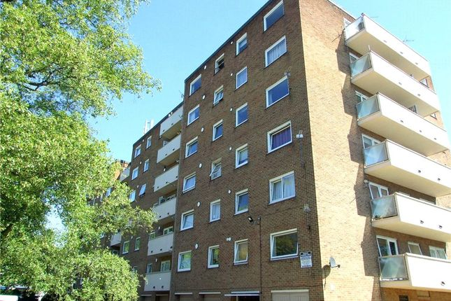 Thumbnail Flat for sale in Flat 15, Kedleston Court, Allestree